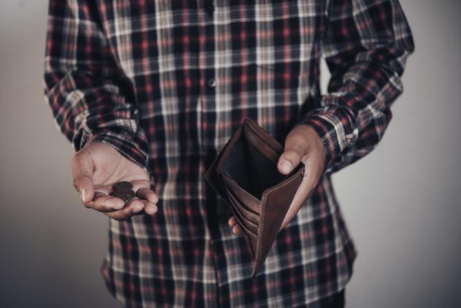 Guvernul vrea să ia măsuri drastice pentru  face economii la buget