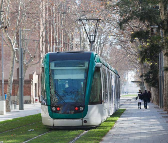 """""""Tramvaiul colindelor"""" va circula prin Bucureşti în perioada 14 decembrie 2019 - 3 ianuarie 2020."""