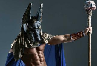 Vechii egipteni considerau că fiecare perioadă a lunii este dedicată unui zeu, sau a unei zeițe