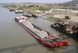 Debitul Dunării este în scădere
