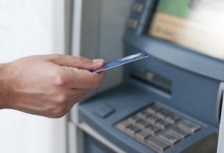 Banca a fost amendată pentru că a refuzat să descidă un cont unei persoane nevăzătoare