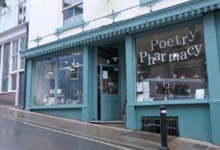 S-a deschis prima farmacie de poezie din lume