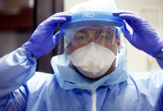Virusul nu a putut fi oprit nici de echipamentele de protecție