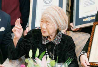 S-a născut în 1903