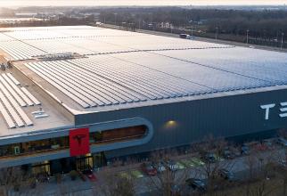 Tesla construiește cea mai mare fabrică de auoturisme din Europa