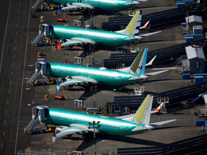 Boeing oferă pachete compensatorii pentru angajați