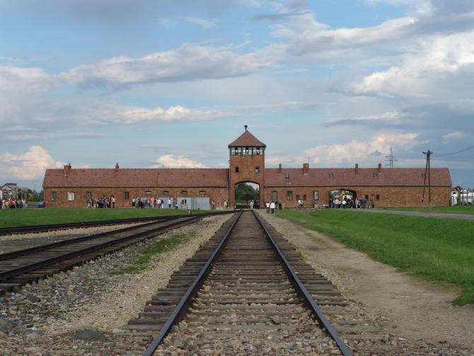 Un număr de 2,32 milioane de persoane din întreaga lume au vizitat fostul lagăr de exterminare nazist de la Auschwitz-Birkenau în 2019