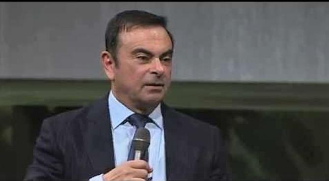 Ghosn, dat în judecată de Nissan