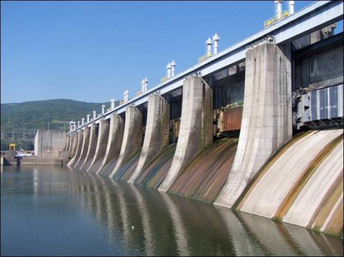 Hidrocentrala de la Portile de Fier funcționează la nivel de avarie