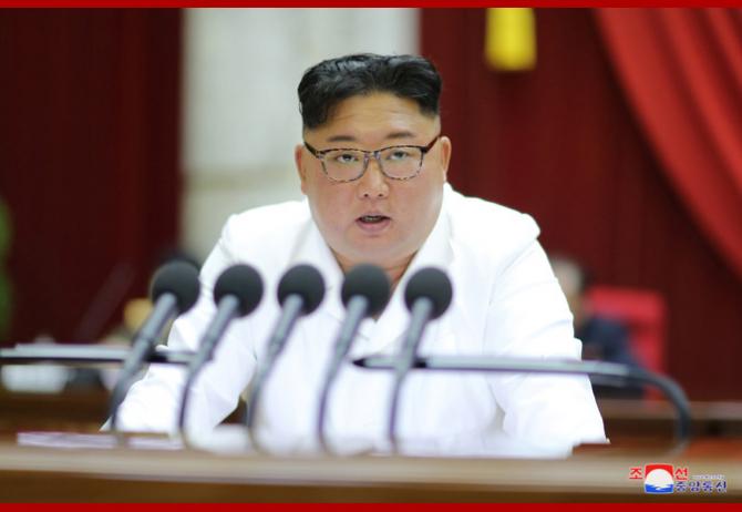 Kim Jong-Un AMENINȚĂ adolescenții din Coreea de Nord