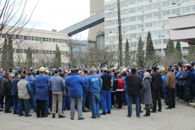 Angajaților le sunt suspendate anumite drepturi în perioada stării de alertă
