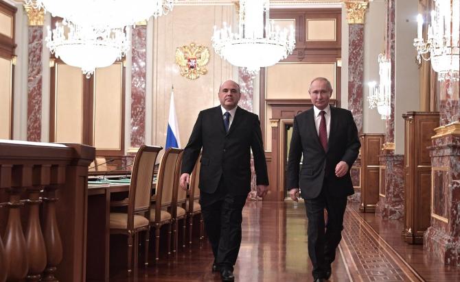 Putin și noul său premier