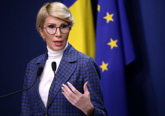 Raluca Turcan a afirmat, marți, că Guvernul a decis pentru rezolvarea problemei transportului școlar