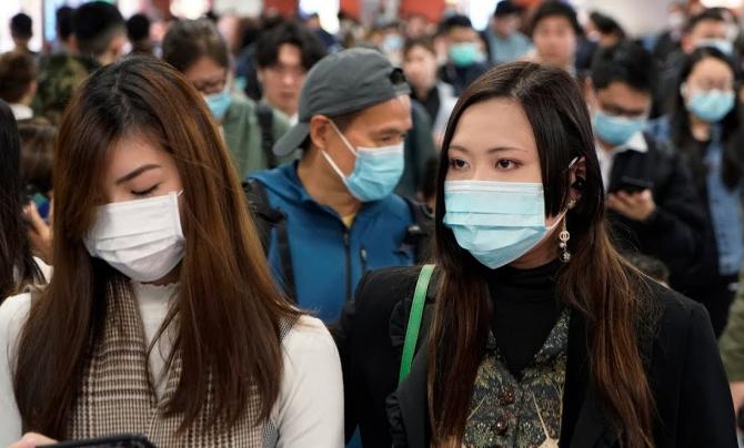 Elevi şi liceeni chinezi au reluat şcoala luni într-un cadru ultra-securizat în metropolele Beijing şi Shanghai