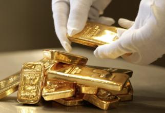 Pe fondul coronavirusului, aurul redevine refugiul investitorilor