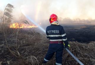 Este al doilea incendiu din acest an, la această fostă fermă