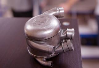 O echipă de ingineri şi oameni de ştiinţă a dezvoltat o ''inimă'' bionică ce permite testarea valvelor cardiace artificiale