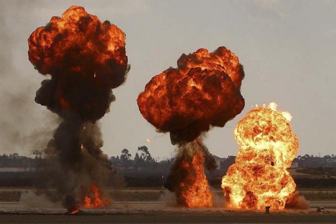 Spectrul unei conflagrații mondiale planează încă
