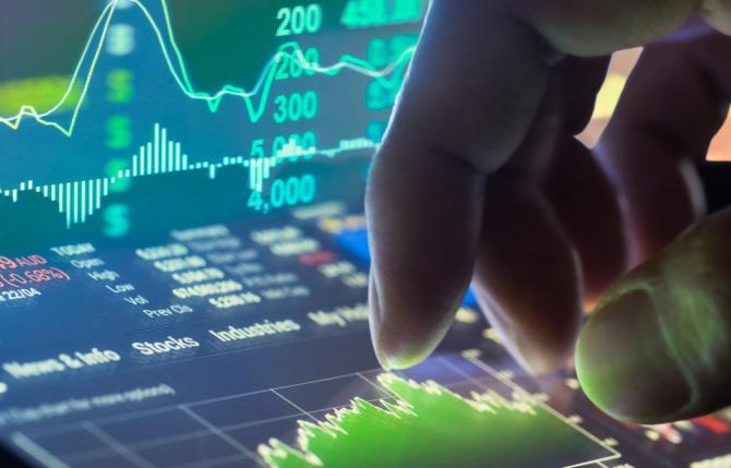 Bursa a închis în creștere