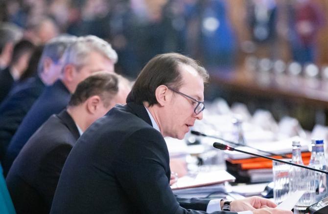 Ministrul a vorbit despre profesionalismul colegilor săi
