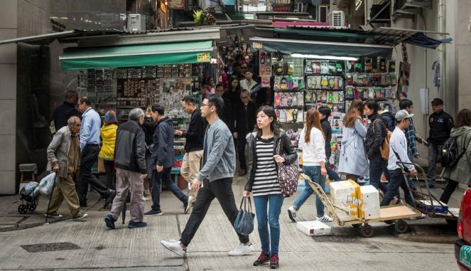 Pandemia de coronavirus a transformat criza din sectorul de retail într-un coşmar pentru proprietarii de spaţii comerciale
