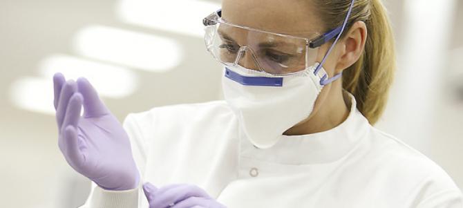 Dispozitivele medicale de protecție au devenit cea mai căutată marfă