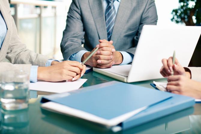 Certificarea și formarea profesională merge mai departe