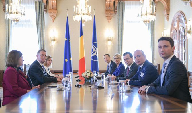 Klaus Iohannis s-a consultat din nou cu partidele pentru desemnarea unui nou premier