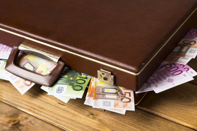 Rezerva valutară a României este în creștere