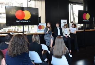 Mastercard donează 100.000 €