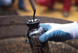 OPEC înrăutățește estimările privind cererea de țiței în 2020