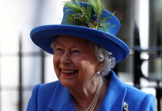 Reşedinţele oficiale ale reginei Elisabeta a II-a se vor redeschide pentru public