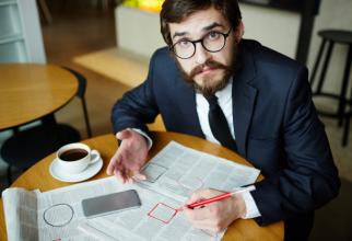 Încetarea contractelor de muncă înseamnă că angajatul are dreptul la ajutor de șomaj