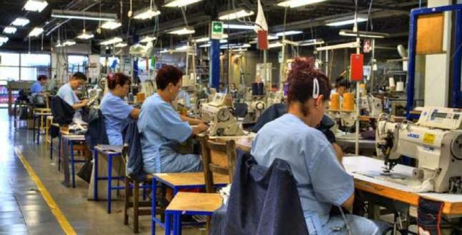 Fabrica producea confecții pentru mari firme de îmbrăcăminte
