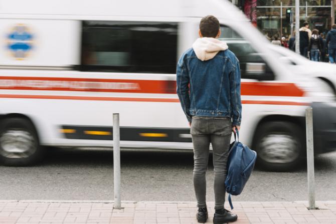 Rompetrol asigură gratuit compbustibilul pentru ambulanțe