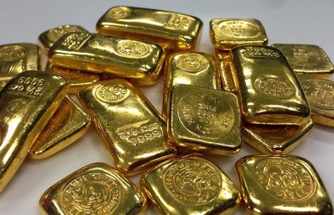 Mulți factori care favorizează scumpirea aurului