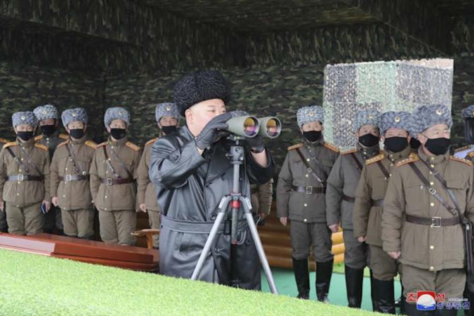 Coreea de Nord a lansat două rachete neidentificate