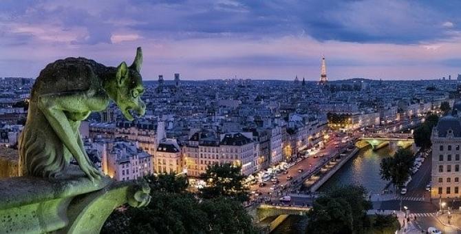 Franța a raportat alte 112 decese