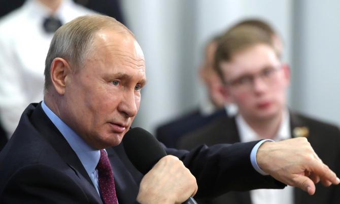 Moscova s-ar putea să recurgă la resursele Ministerului Apărării pentru a face faţă crizei dacă va fi necesar