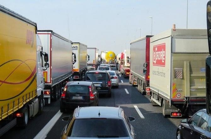 Reformă majoră a sectorului de transport rutier! Parlamentul European a DECIS