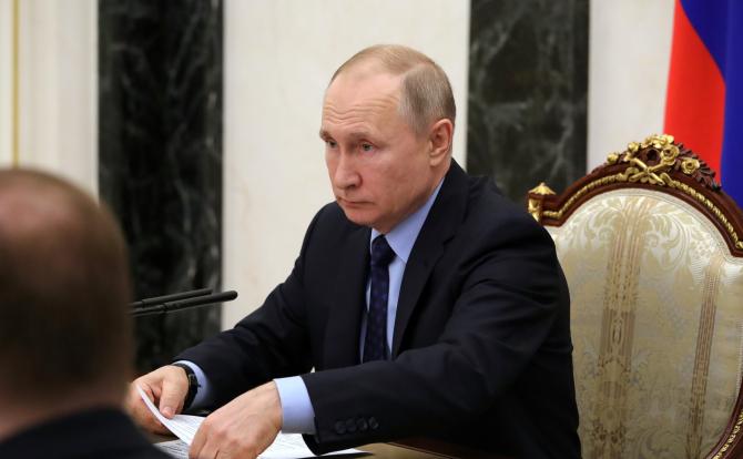 """Primele rapoarte din Rusia au sugerat că acțiunea timpurie de """"președinte pe viață"""" a lui Vladimir Putin pentru a închide granițele țării a împiedicat un focar major în țară"""