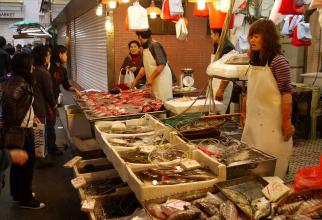 Piața din Wuhan de unde se suspectează că a plecat pandemia a fost redeschisă