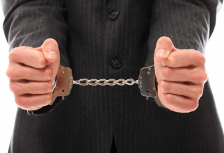 Oamenii din această țară riscă închisoare dacă refuză purtarea măștii