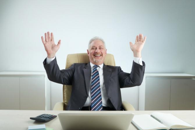 Pensionarea anticipată sau anticipată parțială limitează cumulul veniturilor