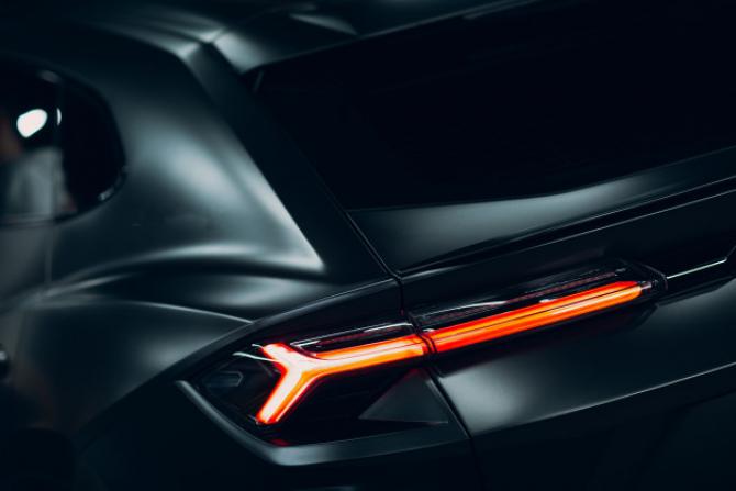 onstructorul auto Lamborghini va pune la dispoziţia celui mai mare producător de ventilatoare din Italia