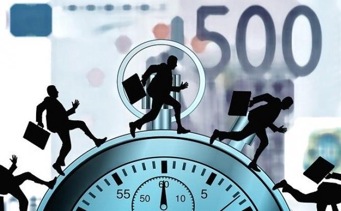 Şase din zece antreprenori români nu resimt creşterea economică anunţată de Guvern