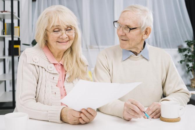 Pensionarii ar putea fi scutiți de la plata unor taxe și impozite