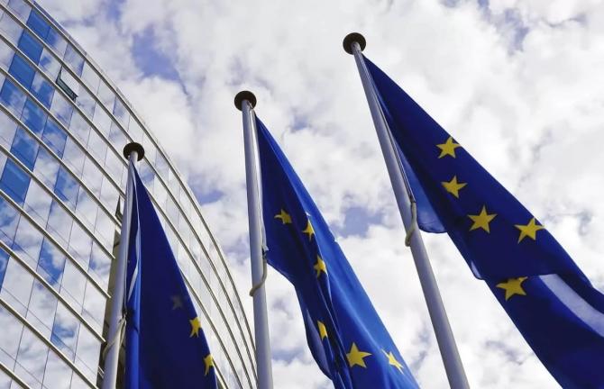 Comisia Europeană şi-a exprimat dezaprobarea faţă de decizia României de a interzice exporturile de produse agricole
