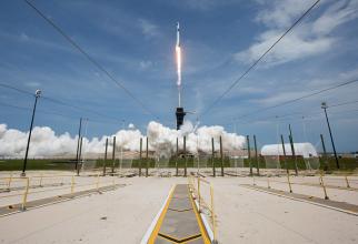 Caspula cu echipaj uman a fost lasnată cu succes din Cape Canaveral