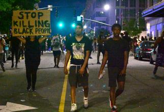Protestele s-au extins în multe orașe din SUA / Foto: Anthony Crider